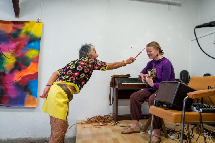 Extase Colorée - La Menuiserie - Performance de Silva Usta et Isabelle Blondeau (34)