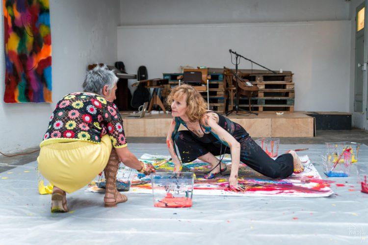 Extase Colorée - La Menuiserie - Performance de Silva Usta et Isabelle Blondeau (56)